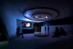 O lobby do museu foi pensado para ser semelhante a um covil de vilões. Foto: Kristopher Grunert/Bergbahnen Sölden