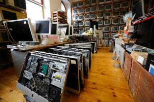 iMacs Foto: REUTERS/Leonhard Foeger