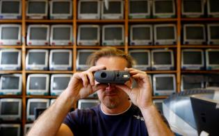 iCamera Foto: REUTERS/Leonhard Foeger