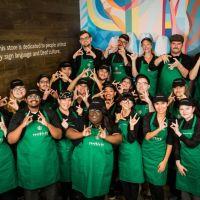 Starbucks inaugura primeira loja para deficientes auditivos nos EUA