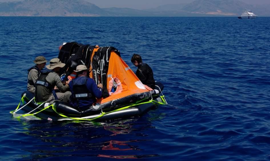 OS candidatos à deriva. Foto: Vittorio Crobu/ESA