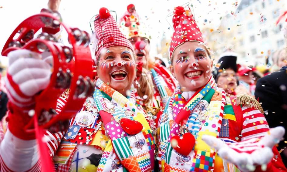 Primeiro dia de carnaval em Colónia, Alemanha. Foto: Thilo Schmülgen/Reuters